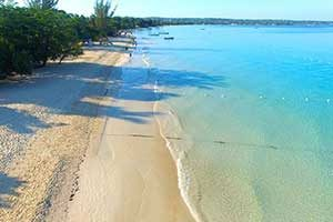 Seven Mile Beach in Negril Jamaica