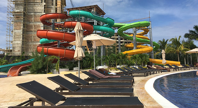 royalton-white-sands-adult-slide