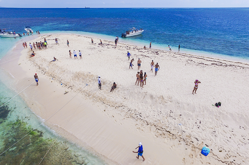 Why Maiden Cay is the Absolute Best Beach in Kingston