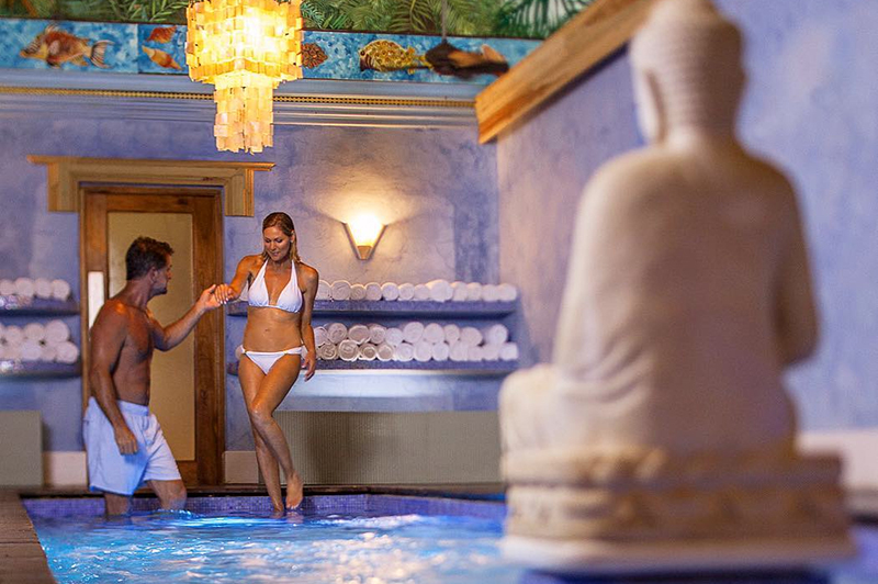 Top 10 Most Romantic Attractions in Jamaica for Couples